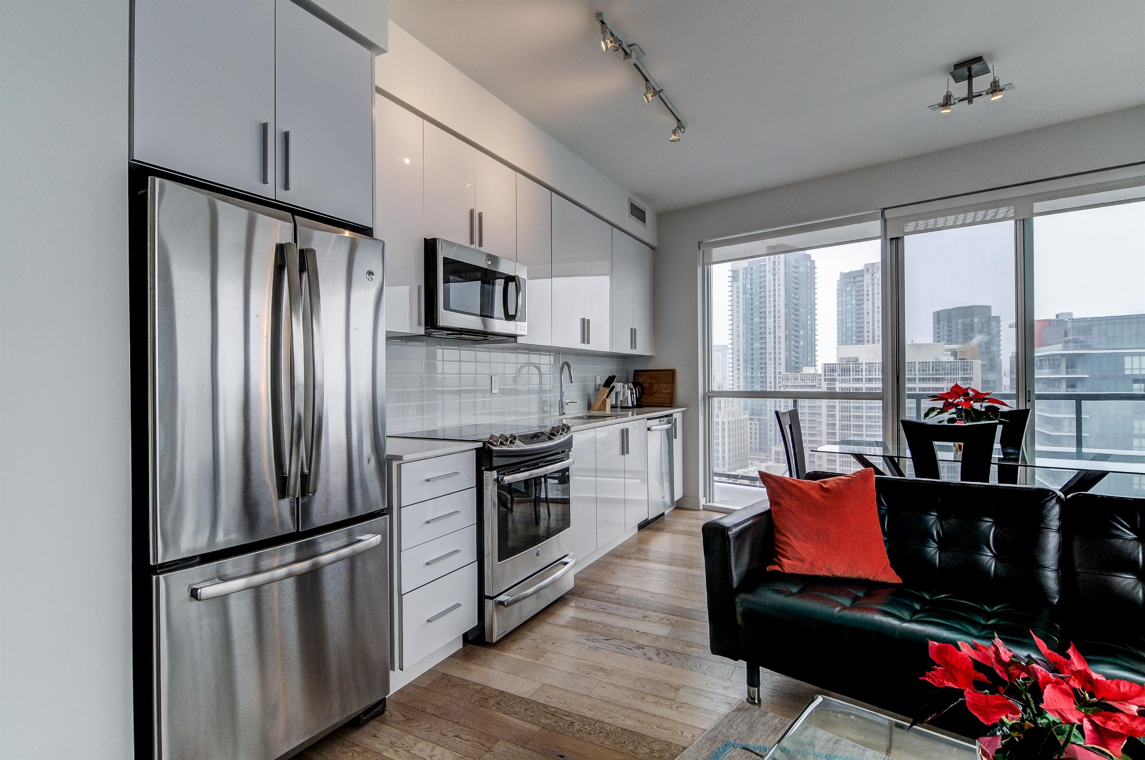 Rent Furnished Toronto - Fully furnished executive 2 ...